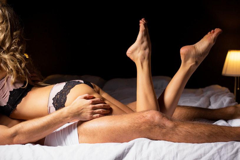 W hotelach Niemcy uprawiają 2,1 raza częściej seks niż w domu /123RF/PICSEL