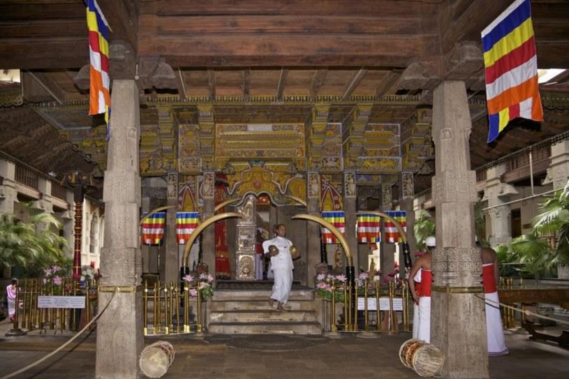 W Kandy znajduje się najważniejsza na wyspie Dalada Maligawa, Świątynia Zęba, kryjąca relikwię zęba Buddy /East News