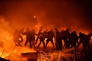 W Kijowie w nocy trwały starcia; demonstranci obawiają się snajperów