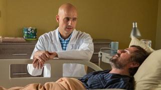 W kolejnym odcinku Latoszek zacznie powoli wracać do zdrowia... I w końcu dowie się o walce, którą Lena stoczyła ze szpitalem. Jak zareaguje, gdy usłyszy, że jego żona dostała gigantyczne odszkodowanie - a Leśna Góra ma przez to kłopoty finansowe?
