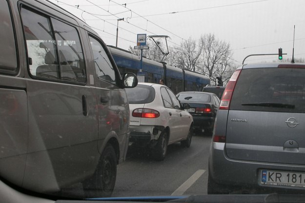 W Krakowie więcej się stoi niż jeździ /INTERIA.PL