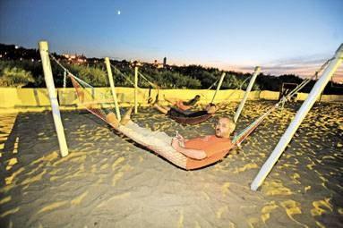 W La Playa działa Hot Spot - bezpłatne, plażowe surfowanie w sieci! / fot. archiwum /EchoMiasta_Warszawa