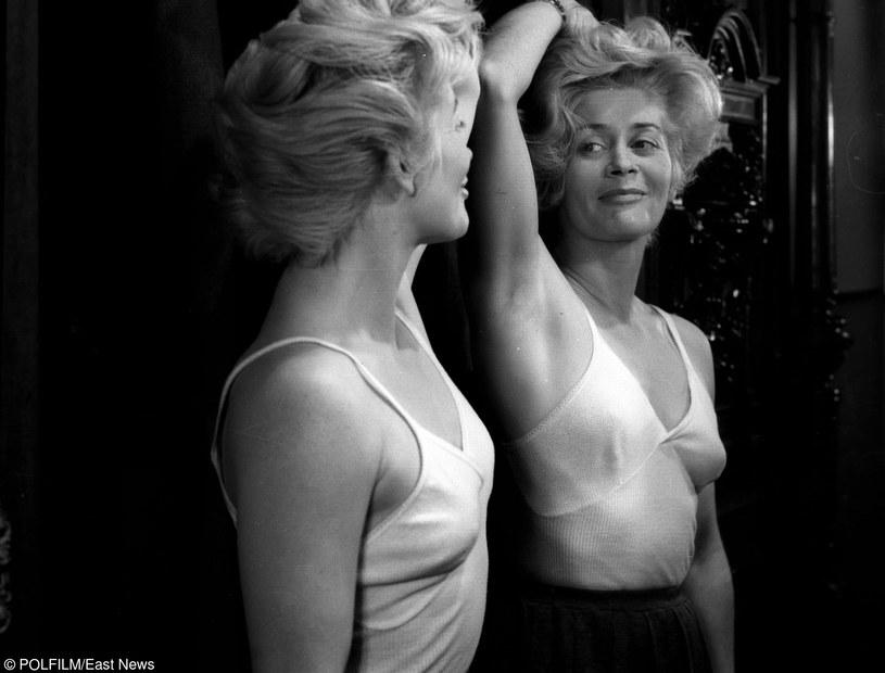 W latach 40. i 50. w Alinie Janowskiej kochały się miliony mężczyzn /East News/POLFILM