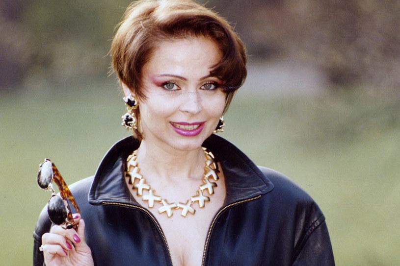 W latach 90. artystka wciąż na scenie prezentowała się seksownie i drapieżnie /Zenon Zyburtowicz /East News