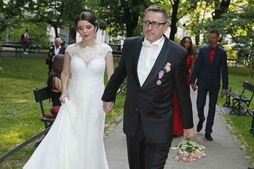 W maju ubiegłego roku dziennikarz poślubił Patrycję Czop /AKPA