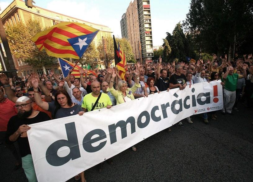W manifestacjach w Katalonii wzięło udział około 900 tys. osób //JAUME SELLART  /PAP/EPA
