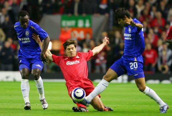 W meczu FC Liverpool - Chelsea Londyn nie brakowało walki... /AFP