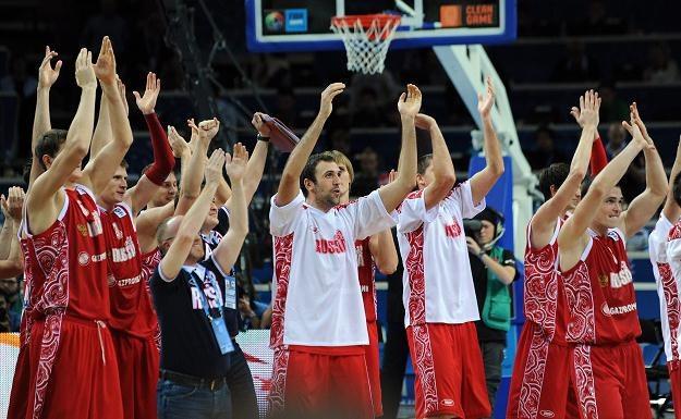 W meczu o 3. miejsce mistrzostw Europy koszykarzy Rosja pokonała Macedonię /PAP/EPA