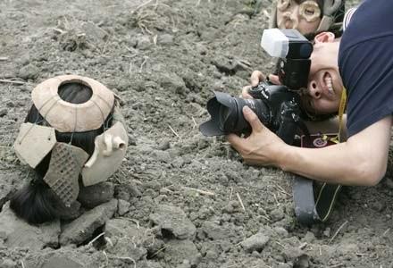 W najbliższych tygodniach możemy spodziewać się obniżek cen sprzętu fotograficzmego /AFP