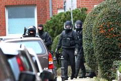 W Niemczech zatrzymano podejrzanych o związek z zamachami w Paryżu