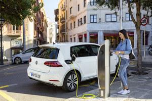 W Norwegii więcej aut zelektryfikowanych niż spalinowych