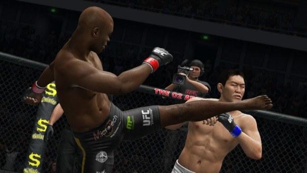 W nowym UFC wprowadzono kilka ułatwień, szczególnie w zakresie walki w parterze /Informacja prasowa