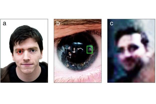 W odbiciach fotografowanych osób można rozpoznać osoby nieujęte w kadrze /materiały prasowe