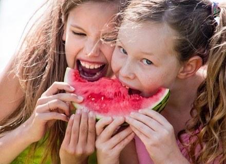 W okresie dorastania u dzieci szczególnie wzrasta zapotrzebowanie na witaminę C /© Panthermedia