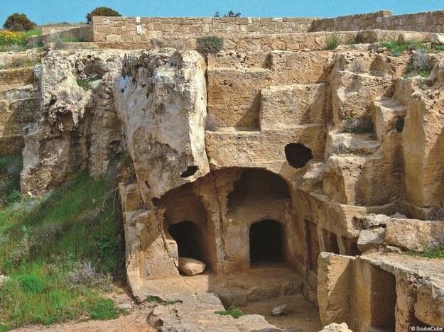 W Pafos znajduje się ok. stu królewskich grobowców, wykutych w litej skale. Większość...