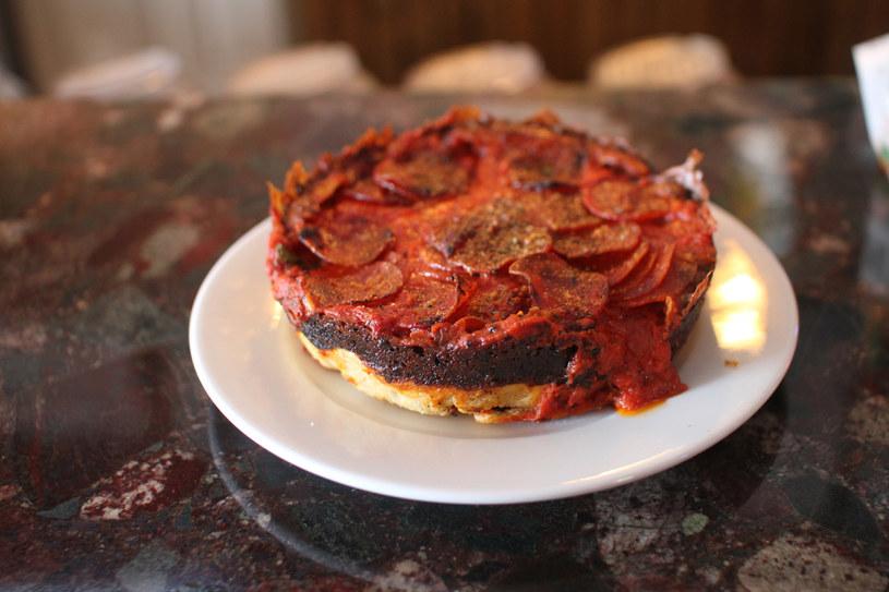 W Pequod's Pizza możesz zjeść coś pysznego z 4,99 dolarów /fot. Seth Kugel /The New York Times Syndicate