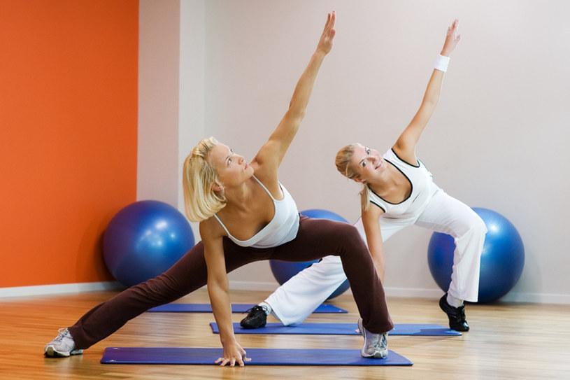 W pilatesie bardzo ważna jest równowaga /© Panthermedia