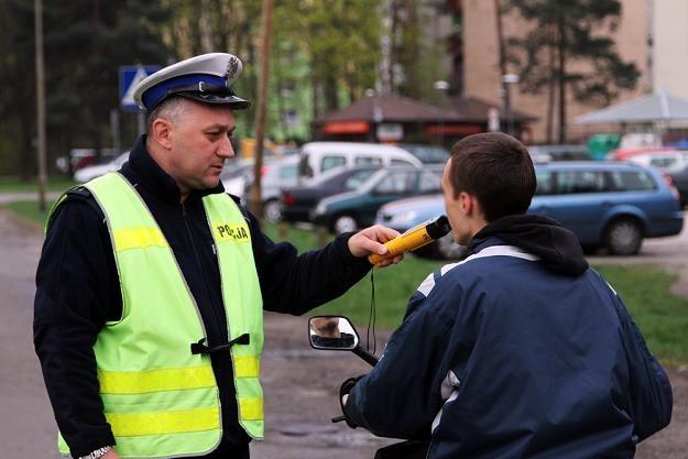 W Polsce dopuszczalny poziom to 0,2. W większości Europy - 0,5 / Fot: Piotr Jedzura /Reporter