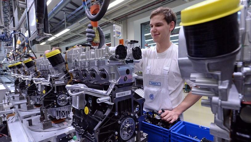 W Polsce ma powstać fabryka Volkswagena /Hendrik Schmidt /PAP/EPA