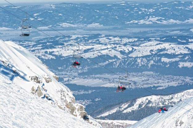 W Popradzie jest najdłuższa na Słowacji trasa narciarska /123/RF PICSEL