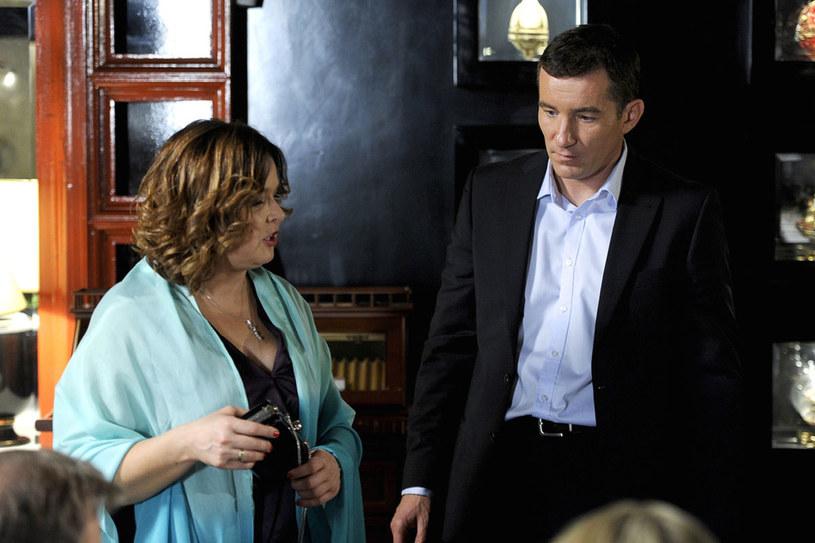 """W popularnym serialu """"2XL"""" wciela się w niewiernego męża. Jako uwodziciel jest bardzo wiarygodny... /Mieszko Pietka /AKPA"""