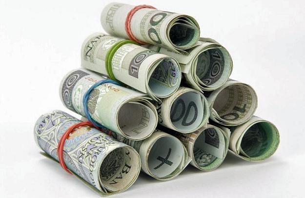 W porównaniu z 2009 r. przeciętne wynagrodzenie w produkcji wzrosło o 6 proc. Fot. Marek Jaśkiewicz /Agencja SE/East News
