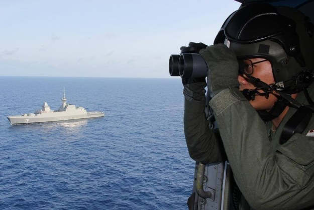 W poszukiwaniach bierze udział wiele jednostek z różnych państw /AFP