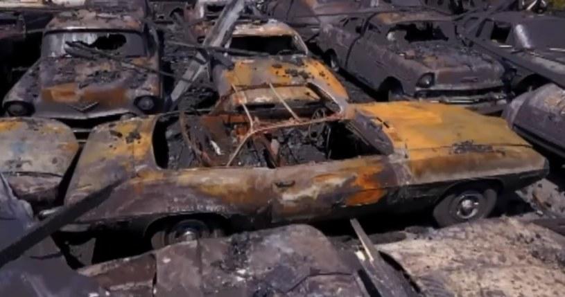 W pożarze zniszczonych zostało 150 klasyków /