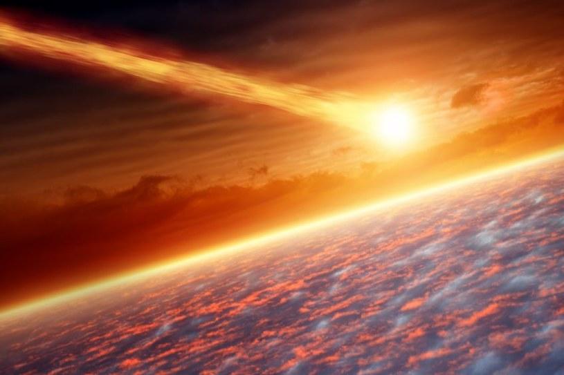 W przeszłości zdarzały się jeszcze potężniejsze kolizje niż ta sprzed 66 mln lat /123RF/PICSEL