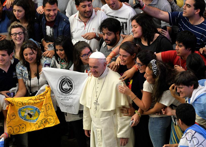 W roku 2016 papież spotka się z młodymi w ramach ŚDM w Krakowie /AFP