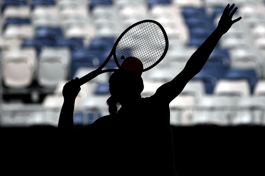 W rozpoczynającym się w poniedziałek Australian Open w grze pojedynczej zobaczymy Agnieszkę Radwańską, Magdę Linette i Magdalenę Fręch, zaś w deblu wystąpi czworo Polaków: Linette, Alicja Rosolska, Łukasz Kubot i Marcin Matkowski (zdjęcie ilustracyjne) /LUKAS COCH /PAP/EPA