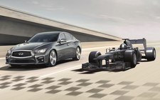 W salonie Infiniti wygrasz przejażdżkę... bolidem Formuły 1!