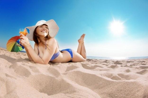 W sam raz na plażę... /123RF/PICSEL