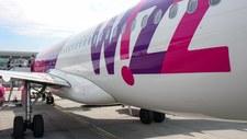 W samolot uderzył piorun. Maszyna zawróciła na lotnisko w Warszawie