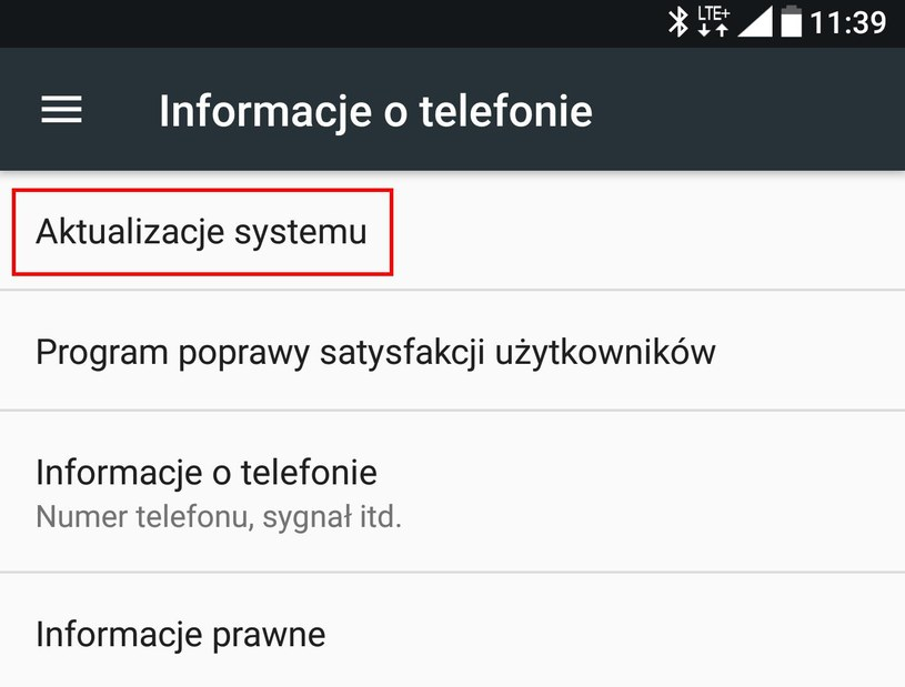 W sekcji Informacje o telefonie znajdziemy opcję Aktualizacja systemu - klikamy (dotykamy) ją i sprawdzamy stan aktualziacji /INTERIA.PL