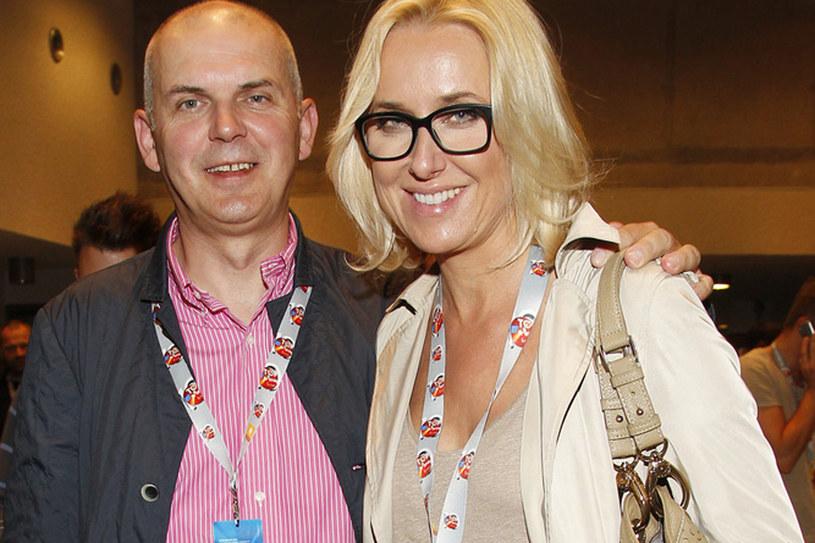 W sierpniu dziennikarka i Artur Krajewski będą świętować swoją pierwszą rocznicę /Jarosław Wojtalewicz /AKPA
