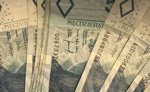 W słupskim hospicjum znaleziono reklamówkę, a w niej... sto tysięcy złotych