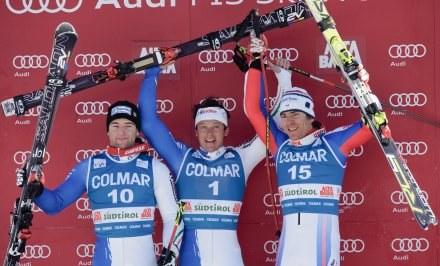 W środku szczęśliwy zwycięzca - Massimiliano Blardone /AFP