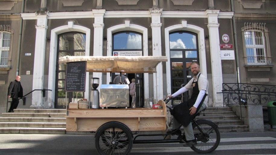 W Szczecina barista poda ci kawę z rikszy /Michał Fit /RMF FM