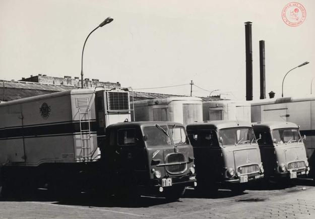 """W szczytowym okresie tabor """"Pekaesu"""" liczył 1352 samochody ciężarowe /Archiwum Akt Nowych"""