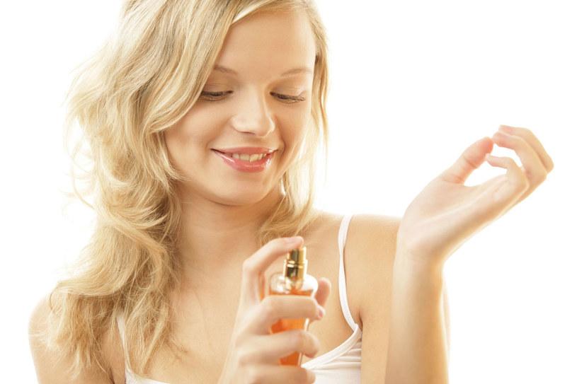 W sztuce uwodzenia zapach naszego ciała nie ma sobie rónych. POd warunkiem, że wyczuje go właściwa osoba /©123RF/PICSEL