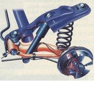 W tylnym zawieszeniu pojawiły się nowe wahacze mające zapewnić zwiększoną sztywność konstrukcji i szerszy rozstaw kół. /Motor