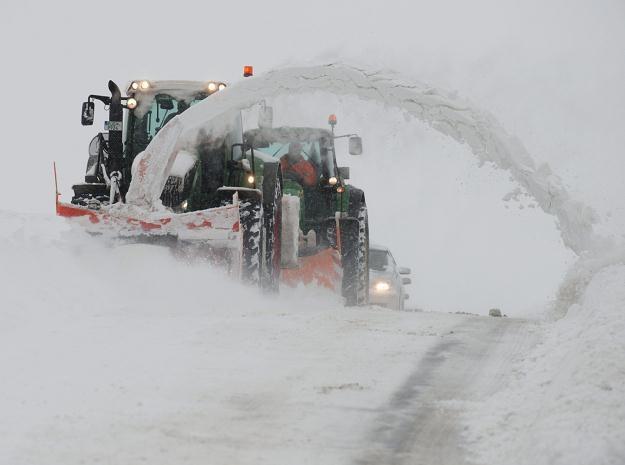 W tym roku zima szczególnie długo nie daje za wygraną /PAP/EPA