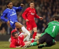 W tym sezonie Chelsea Londyn trzy razy wygrała z FC Liverpool /AFP