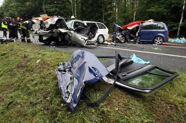 """W tym wypadku  na krajowej """"szóstce"""" zginęły 2 osoby. Fot. Michal Swiderski /Reporter"""