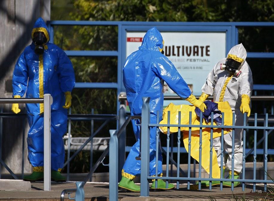 W USA zapanował strach przed ebolą /LARRY W. SMITH /PAP/EPA