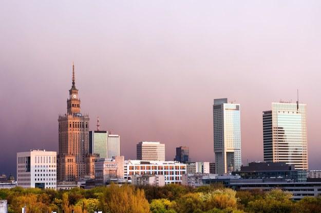 W Warszawie bezrobocie jest niewielkie, także wśród młodych /123RF/PICSEL