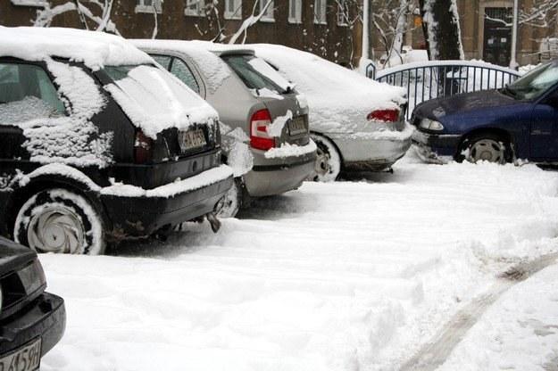 W wielu miejscach znów spadł śnieg /INTERIA.PL