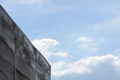 W Wólce Kosowskiej wciąż trwa rozbiórka hali