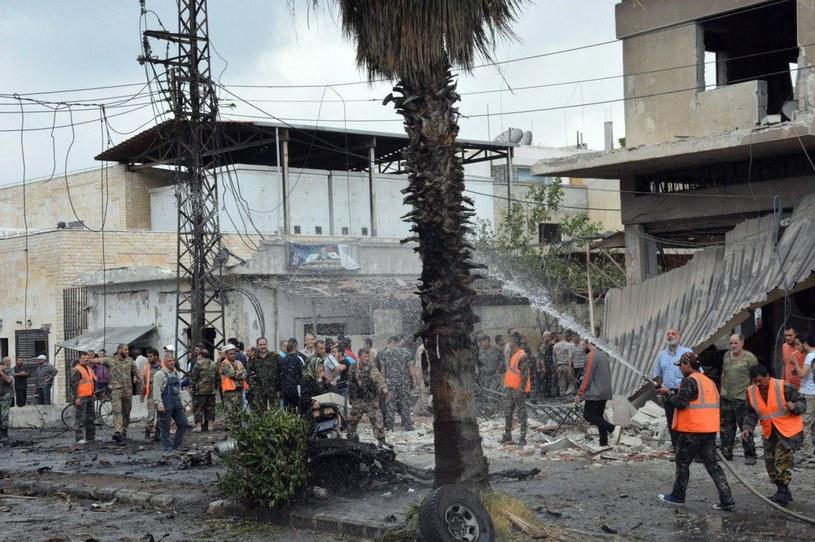 W wyniku wybuchu bomby w Hims nie żyją 4 osoby, a 32 są ranne. /SANA /East News